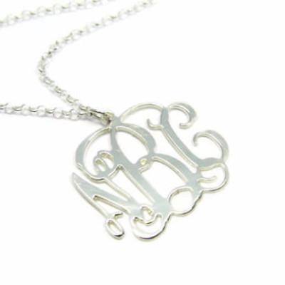 Gold 18k Monogram pendant. Personalized Initial necklace. Monogram necklace. Personalized pendend. Gold monogram necklace. Gifts