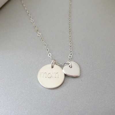 Mom necklace, Silver Disc Mom Necklace, New Mom Necklace, Personalized Disc Necklace, heart mom necklace, Gift for Wife, Gift for nana