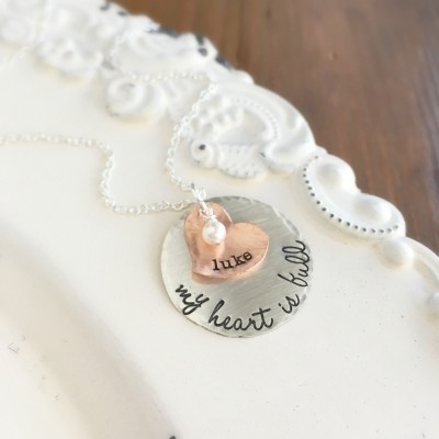 Mother Necklace . Personalized Jewelry . Name Necklace . Personalized Gift . Personalized . Heart Necklace . Engraved Jewelry .Custom Jewelr