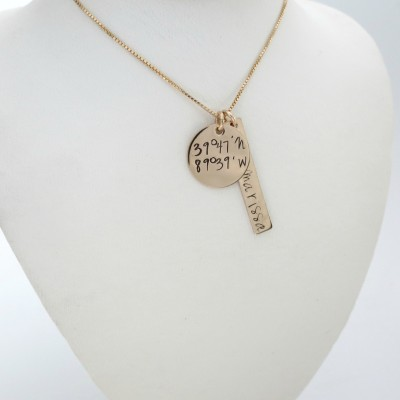 Personalized Gold Necklace with Longitude and Latitude - Gold Bar Fashion - Coordinates Jewelry - GPS - Location - Personalized Jewelry