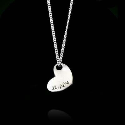 Personalized Heart Necklace, Name Heart Necklace, Engraved Heart Necklace, Silver Heart Necklace, Custom Heart Necklace, Love necklace.