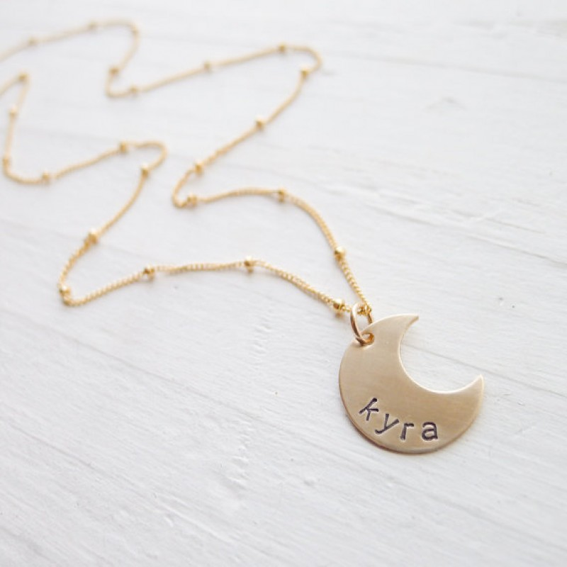 Personalized Moon Necklace Gold Moon Pendant on Sattelite Chain Name