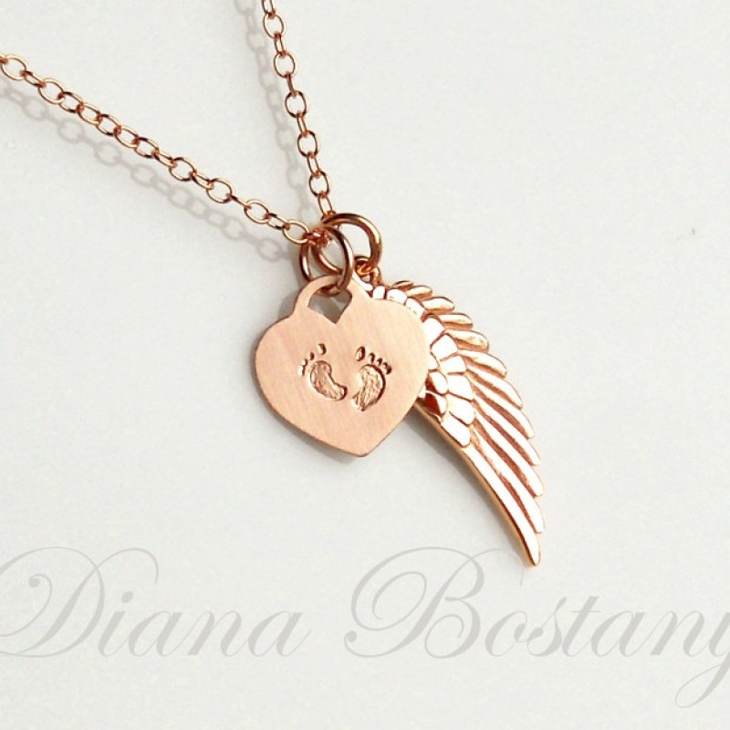 Memorial Necklace Pendant Angel Wings Engraved Heart PERSONALISED Keepsake Gifts