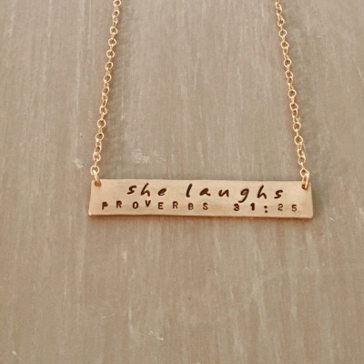 She Laughs--14kgf Horizontal Bar Necklace