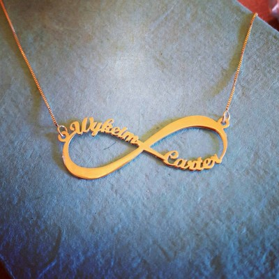 Up to 4 Name 18k gold Infinity Necklace / 18k gold Infinity name necklace / Infinity nameplate / Mother Day Gift / Friendship Necklace