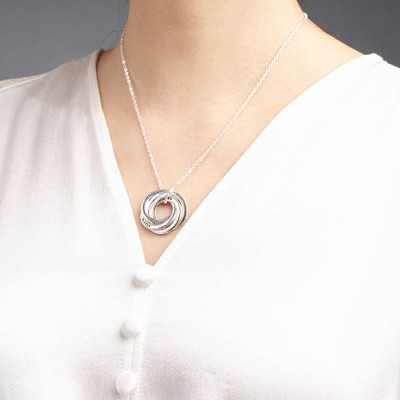 Personalized mom necklace • Mom jewelry • Interlocking ring necklace • Mom and baby necklace • Grandma necklace