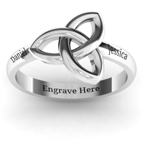Sinéad Celtic Knot Personalised Ring - AMAZINGNECKLACE.COM