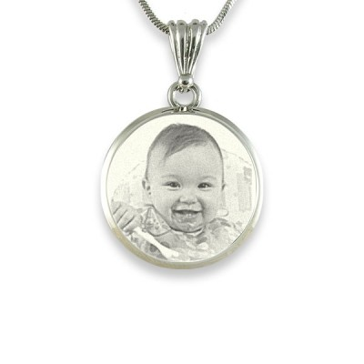 925 Sterling Silver Photo In Circle Pendant Personalised Necklace - AMAZINGNECKLACE.COM