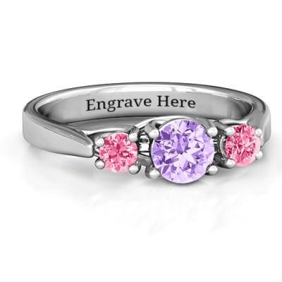 3-Stone Graduated Personalised Ring  - AMAZINGNECKLACE.COM