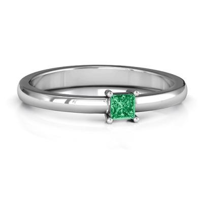 Elegant Princess Personalised Ring - AMAZINGNECKLACE.COM