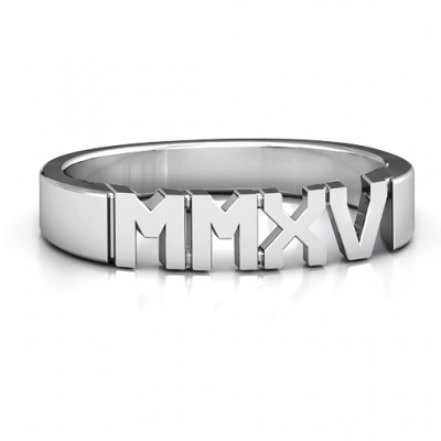 Sterling Silver 2015 Roman Numeral Graduation Personalised Ring - AMAZINGNECKLACE.COM