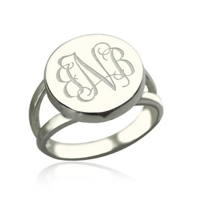 Sterling Silver Circle Monogram Signet Personalised Ring - AMAZINGNECKLACE.COM