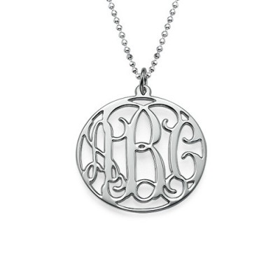 Personalised Circle Initials Necklace - AMAZINGNECKLACE.COM