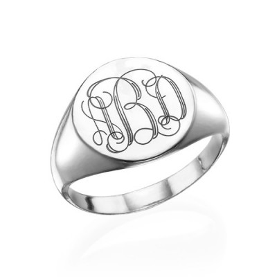 Signet Personalised Ring in Sterling Silver with Engraved Monogram - AMAZINGNECKLACE.COM