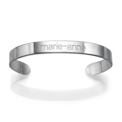 Engraved Cuff Personalised Bracelet in Silver - AMAZINGNECKLACE.COM