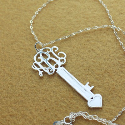 Personalised Key Necklace Sterling Silver with Monogram - AMAZINGNECKLACE.COM