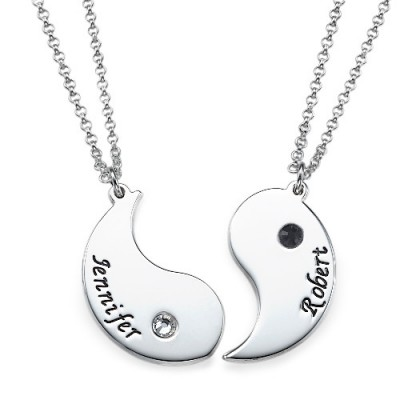Yin Yang Personalised Necklace for Couples with Engraving - AMAZINGNECKLACE.COM