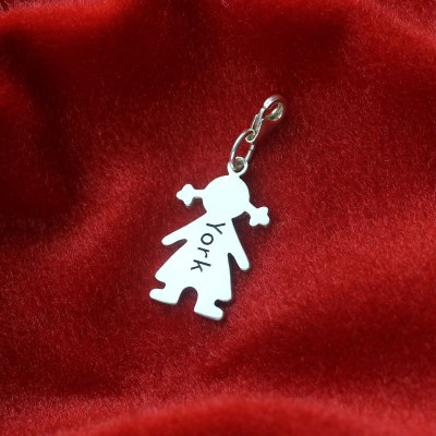 Personalised Baby Girl Pendant Necklace With Name Silver - AMAZINGNECKLACE.COM
