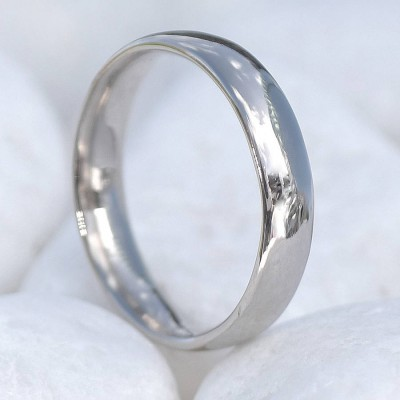 18ct Gold Wedding Personalised Ring, 4mm Comfort Fit - AMAZINGNECKLACE.COM