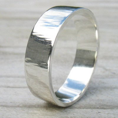 Hammered Silver Personalised Ring With Tree Bark Finish - AMAZINGNECKLACE.COM