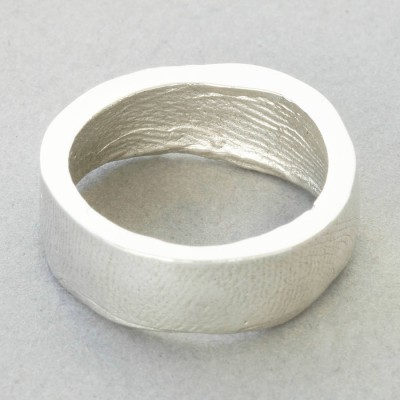 Sterling Silver Bespoke Fingerprint Personalised Ring - AMAZINGNECKLACE.COM