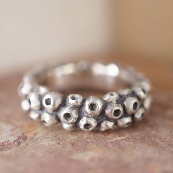 Barnacle Personalised Ring - AMAZINGNECKLACE.COM