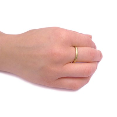 3mm Hammered Wedding Personalised Ring In 18ct Gold - AMAZINGNECKLACE.COM