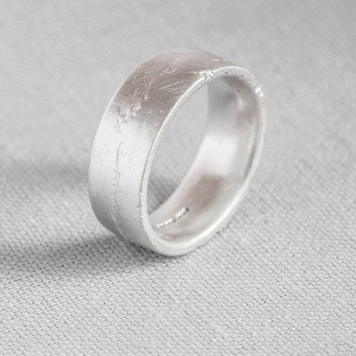 Sterling Silver Flat Sand Cast Wedding Personalised Ring - AMAZINGNECKLACE.COM