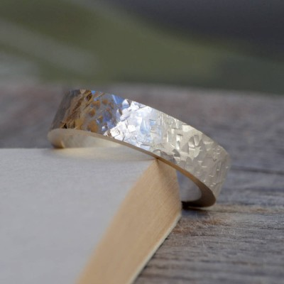 Personalised Textured Wedding Band In Sterling Silver - AMAZINGNECKLACE.COM