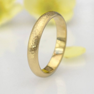 Hammered Personalised Ring In 18ct Yellow Or Rose Gold - AMAZINGNECKLACE.COM