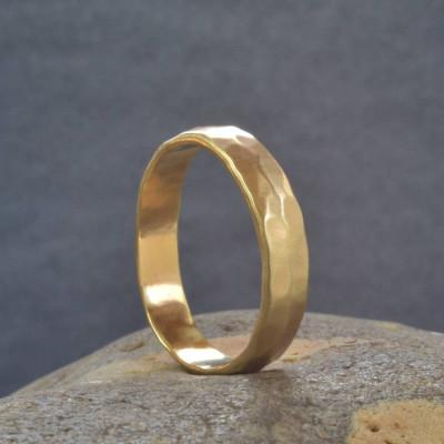 18ct  Gold Handmade Hammered Wedding Personalised Ring - AMAZINGNECKLACE.COM