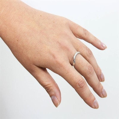 Sterling Silver Infinity Wedding Personalised Ring - AMAZINGNECKLACE.COM