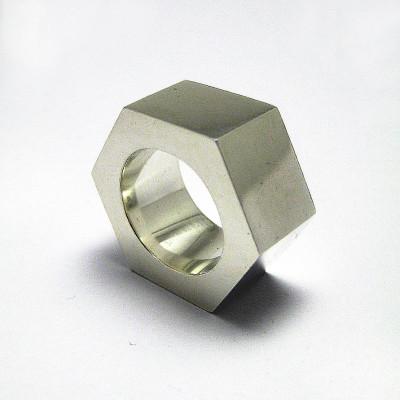 Large Nut Personalised Ring - AMAZINGNECKLACE.COM