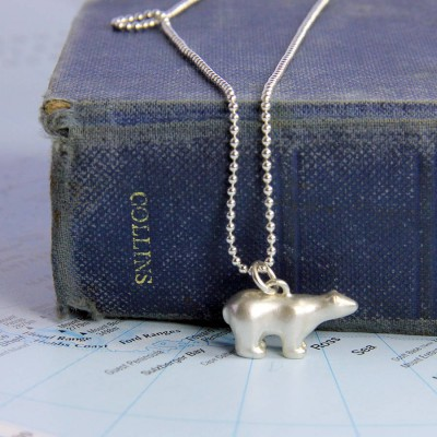 Polar Bear Personalised Necklace - AMAZINGNECKLACE.COM