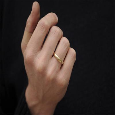 Mans Gold Wedding Band - AMAZINGNECKLACE.COM