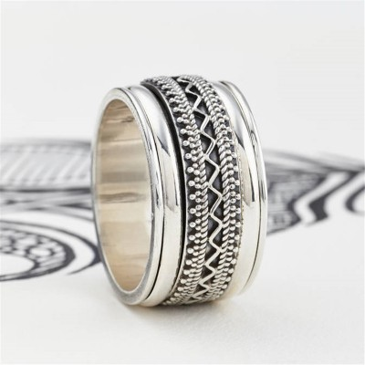 Mens Chunky Tribal Spinning Personalised Ring - AMAZINGNECKLACE.COM