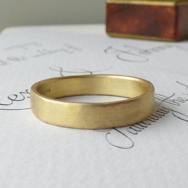 Loki Mens Fairtrade 18ct Gold Wedding Personalised Ring - AMAZINGNECKLACE.COM
