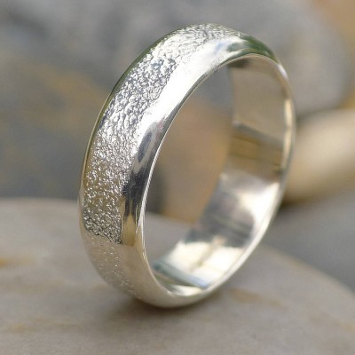 Mens Silver Personalised Ring With Concrete Texture - AMAZINGNECKLACE.COM