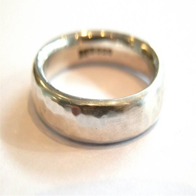 Mens Silver Hammered Personalised Ring - AMAZINGNECKLACE.COM