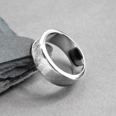 Meteorite Inlaid Silver Personalised Ring - AMAZINGNECKLACE.COM