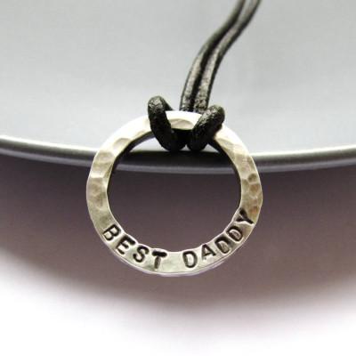 Mini Personalised Dad Necklace - AMAZINGNECKLACE.COM