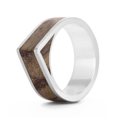 Wood Personalised Ring Native Edge - AMAZINGNECKLACE.COM