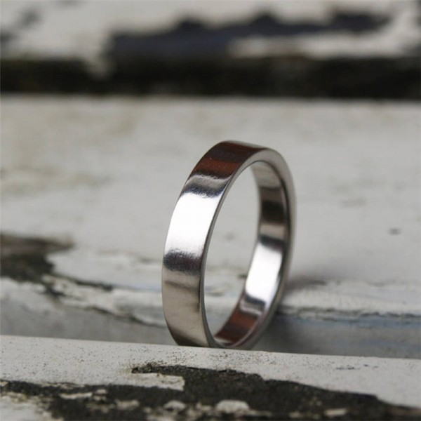 18ct White Gold Flat Wedding Band - AMAZINGNECKLACE.COM