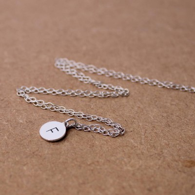 Personalised Initial Necklace Sterling Silver - AMAZINGNECKLACE.COM