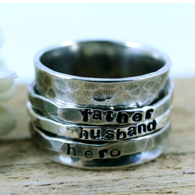 Personalised Mens Sterling Silver Spinner Ring - AMAZINGNECKLACE.COM