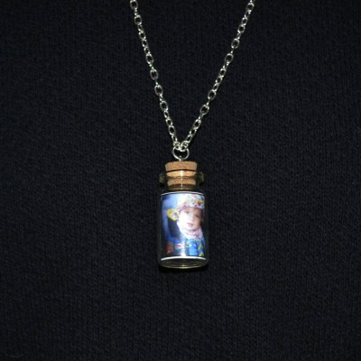 Photo Bottle Charm Personalised Necklace - AMAZINGNECKLACE.COM