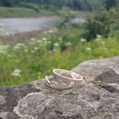 Personalised River Ring - AMAZINGNECKLACE.COM