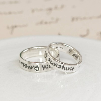 Personalised Silver Script Ring - AMAZINGNECKLACE.COM