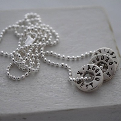 Personalised Silver Washer Necklace - AMAZINGNECKLACE.COM
