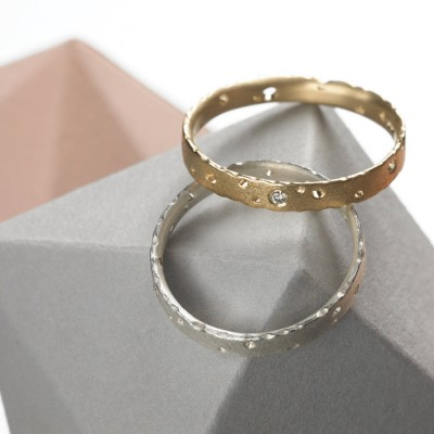 Precious 18ct Gold Personalised Ring Set With Diamonds - AMAZINGNECKLACE.COM